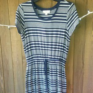 Olive & Oak Striped Tie Dress Size S